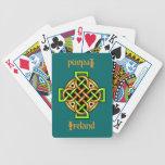 Naipes de la cruz céltica cartas de juego