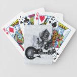 Naipes de las guitarras cartas de juego