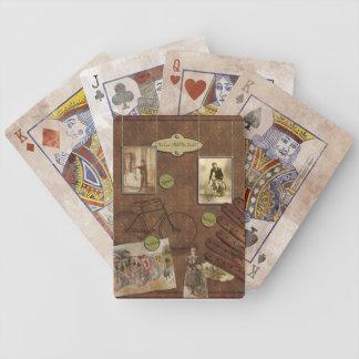 Naipes del libro de recuerdos del vintage que mont cartas de juego
