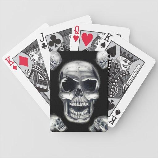 Naipes humanos de los cráneos barajas de cartas