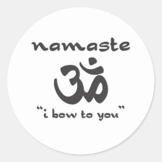 Namaste - arqueo a usted pegatina redonda