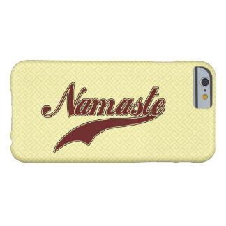 Namaste Borgoña roja elegante Funda De iPhone 6 Barely There