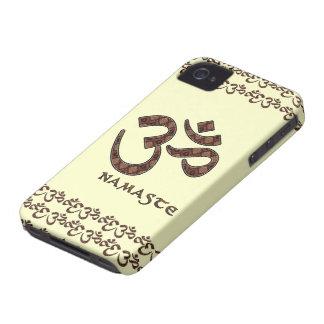 Namaste con el símbolo Brown de OM y la crema iPhone 4 Cobertura