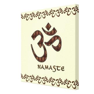 Namaste con el símbolo Brown de OM y la crema Lona Estirada Galerias