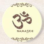 Namaste con el símbolo Brown de OM y la crema Posavasos Manualidades