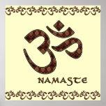 Namaste con el símbolo Brown de OM y la crema Póster