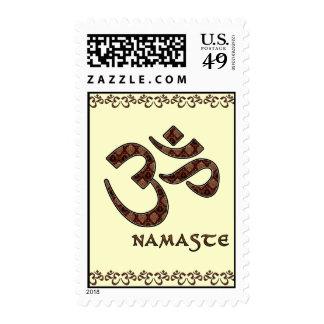 Namaste con el símbolo Brown de OM y la crema Envio