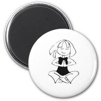 Namaste de la muchacha de la yoga imán redondo 5 cm