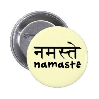 Namaste en inglés e Hindi Pin Redondo De 2 Pulgadas