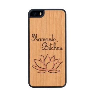 Namaste, perras funda de cerezo carved® para iPhone 5 slim