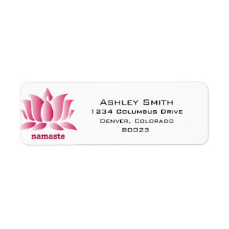 namaste rosado del loto de la yoga etiqueta de remitente