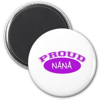 Nana orgullosa púrpura iman de frigorífico