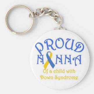 Nanna orgulloso de un niño de Síndrome de Down Llavero Redondo Tipo Pin