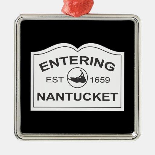 Nantucket que entra Est. 1659 firme adentro el Adorno Cuadrado Plateado