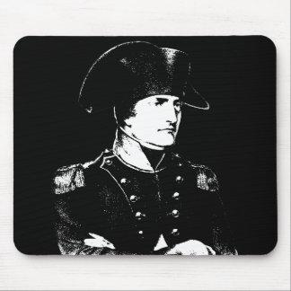 Napoleon -- Blanco y negro Tapetes De Raton