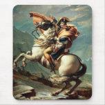 Napoleon que cruza las montañas tapetes de ratones