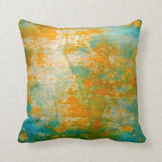 Naranja abstracto y pintura rústica azul cojin