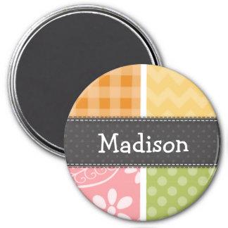 Naranja, amarillo, rosa, y mirada del remiendo del iman de frigorífico
