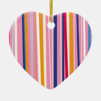Naranja azul en rayas rosadas adorno navideño de cerámica en forma de corazón