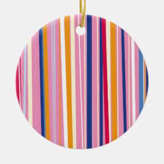Naranja azul en rayas rosadas adorno navideño redondo de cerámica