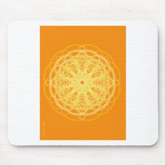 Naranja brillante de la geometría sagrada de la ma alfombrillas de ratones