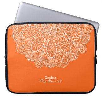 Naranja brillante dibujado mano del diseño del mangas portátiles
