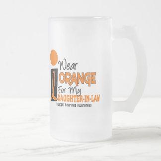 Naranja de la esclerosis múltiple para mi nuera taza de cristal