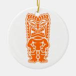 naranja del guerrero del tótem del tiki adorno de navidad