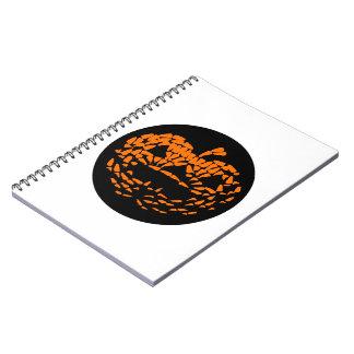 Naranja del icono de la Jack-O-Linterna en negro Cuaderno