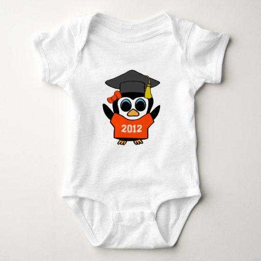 Naranja del pingüino del chica y graduado 2012 del playeras