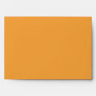 naranja del sobre 5x7 fuera del interior rayado