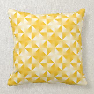 naranja del triángulo almohadas