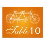 Naranja en tándem de la bici del número de la tabl tarjetas postales