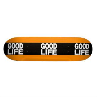 Naranja largo de la buena vida monopatin