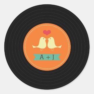 Naranja retro moderno del boda del disco de vinilo etiqueta redonda
