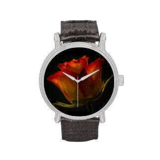 Naranja rojo y rosa amarillo reloj de mano