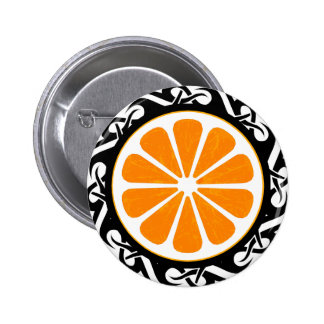 naranja. tribal pin redondo 5 cm