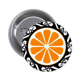 naranja. tribal pin redondo de 2 pulgadas