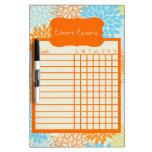 Naranja y carta floral azul de la tarea tableros blancos