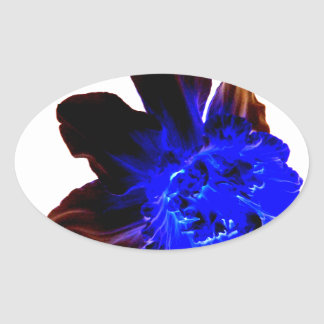 Narciso azul eléctrico del resplandor pegatina ovalada