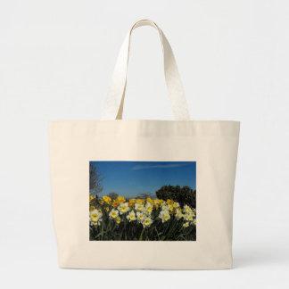 narcisos en tiempo de primavera bolsas lienzo