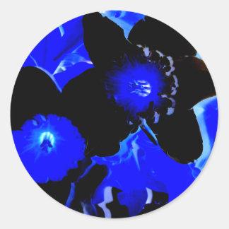 Narcisos negros y azules pegatina