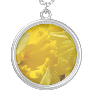 Narcissuses Round Pendant Necklace