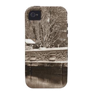 Narrowboat congelado en el canal iPhone 4/4S funda