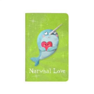 Narwhal lindo con el corazón cuadernos