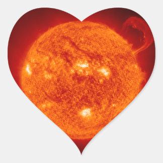 NASA de la fotografía de la llamarada solar de Sun Calcomania De Corazon