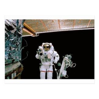 NASA EVA HUBBLE POSTCARD