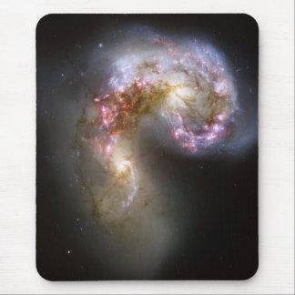 NASA - Las galaxias NGC4038-4039 de las antenas Mouse Pads