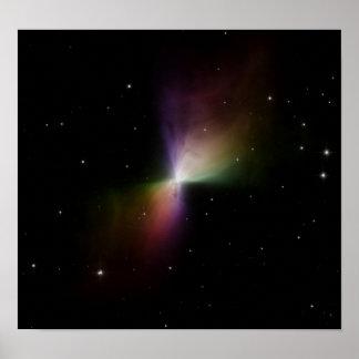 NASA - Luz dispersada de la nebulosa del bumerán Poster