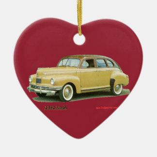 Nash 1942 adorno navideño de cerámica en forma de corazón